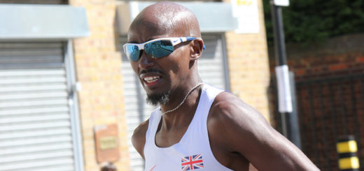 mo-farah-in-nike-sunglasses